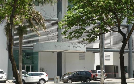 Alquiler De Apartamento En Costa Del Este #18-8720hel**