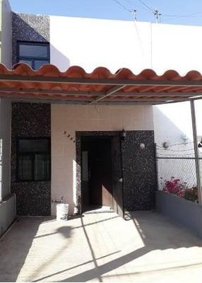 Casa En Venta Remodelada En El Colli Ctm