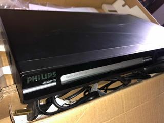 Reproductor Dvd Philips Dvp3124/55 + 240 Películas En Dvd