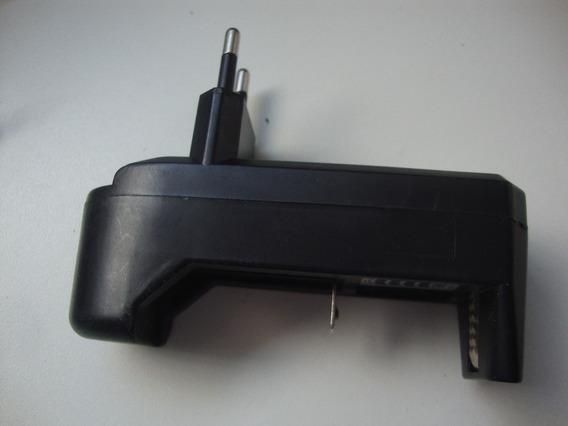 Carregador De Baterias Bivolt - 3,7v - 500ma - Ycd-1688