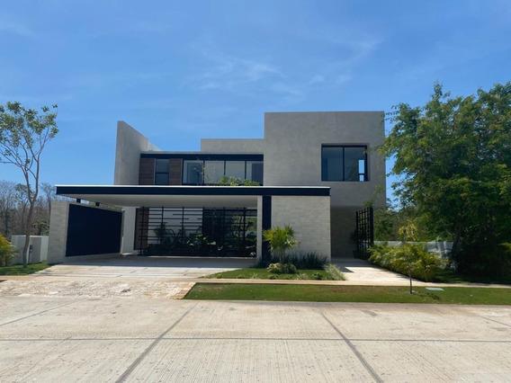 Casa De 4 Habitaciones (1 En Planta Baja) En Privada Oasis, Country Club (ap)