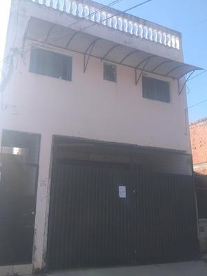 Casa De 02 Quartos,com Quintal Grande Na Cobertura Na Vila B