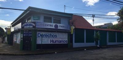 Edificio De Apartamentos Y Locales Comerciales