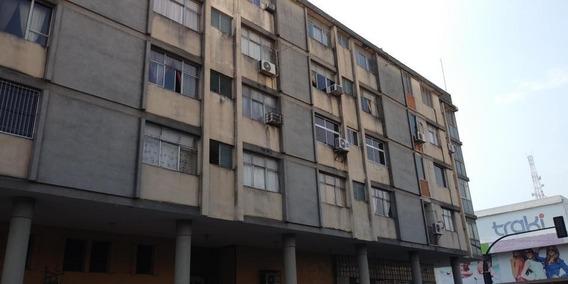 Apartamento En Venta Barquisimeto Rah: 19-8090