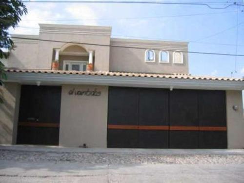 Casa Sola En Venta Fracc Las Plazas