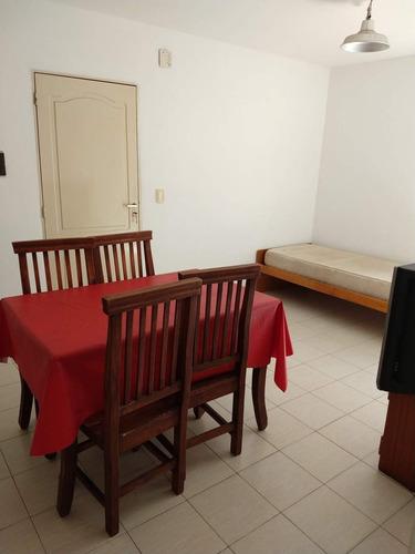 Imagen 1 de 11 de Vendo Departamento Un Dormitorio Barrio Centro-muy Luminoso