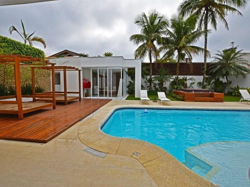 Casa Com 6 Dormitórios À Venda, 750 M² Por R$ 4.650.000,00 - Acapulco - Guarujá/sp - Ca0777