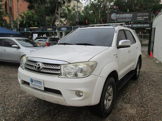 Toyota Fortuner Urbana 2.7 2011