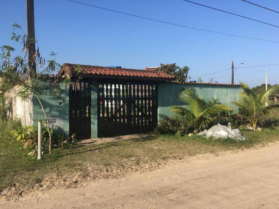 Linda Casa Com Quintal Amplo No Tupy Em Itanhaém - 4674| Npc