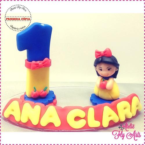Imagem 1 de 1 de Vela Decorada Em Biscuit Mini Topo Princesa Branca