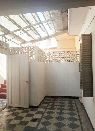 Imagen 1 de 20 de Alquiler De Casa De 5 Ambientes Con Garage En P Avellaneda.