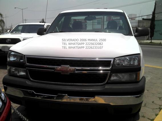 Chevrolet 2500 Silverado 2006 Std V8
