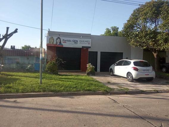 Excelente Propiedad Con Fondo Libre Y Local, Quilmes