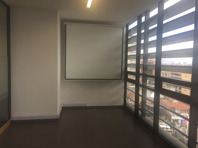 Renta Oficina Chapinero 132 Mts Edificio Moderno