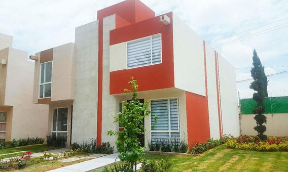 Casa De 3 Recamaras, Las Américas. Magnífica Ubicación