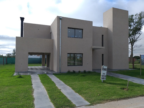 Venta Casa Barrio Alta Alameda. Rio Cuarto