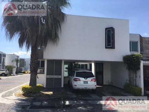 Casa En Renta Amueblada En La Carcañana, San Pedro Cholula, Puebla.