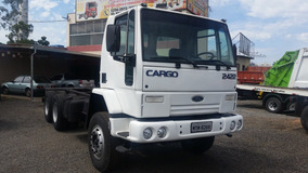 Ford Cargo 2422, 6x4 Ano 2001