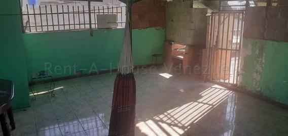 Casa En Venta Barquisimeto Centro 20-8934 Jg
