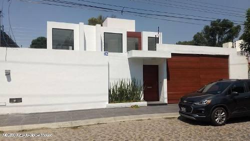 Casa En Venta En Jurica, Queretaro, Rah-mx-20-1718