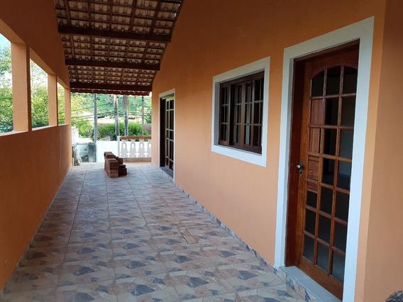 Casa Residencial Á Venda No Centro De São Lourenço Da Serra.