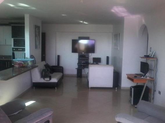Apartamento En Venta Bararida Lara 20-3381 Jg