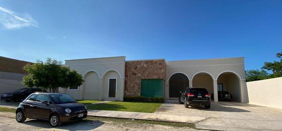 Residencia En Mérida Muy Amplio Terreno-ditzya