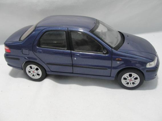 Miniatura Fiat Siena 1:18 Checkmate Rica Em Detalhes