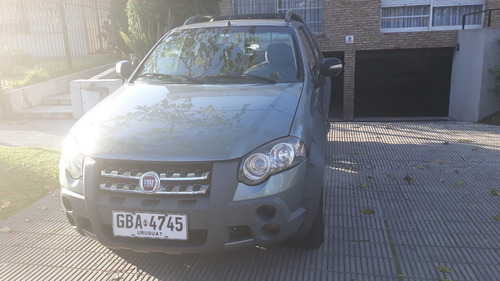 Fiat Strada Adventure Locker