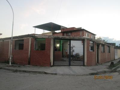Ancoven Premium Vende Acogedora Casa En Flor Amarillo