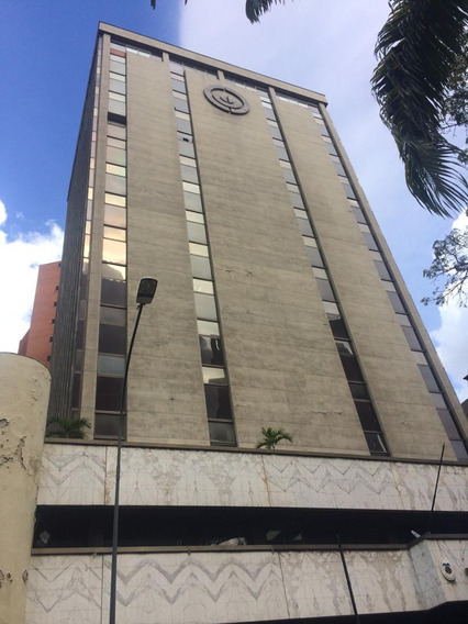 Se Alquila Oficina 50m2 Campo Alegre
