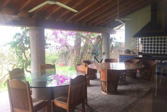 Casa En Venta Estilo Mexicano Contemporáneo En Colinas Del B