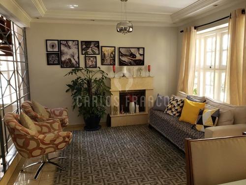 Vendo Excelente Sobrado: 200 M² Área Útil: 3 Dormitórios, Sendo 1 Suíte E 3 Vagas Na Granja Viana. - Cf67313