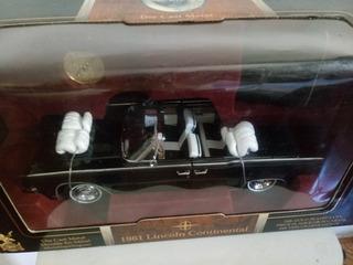 Miniatura Lincoln Continental 1961 1:18 Yatming Raridade!
