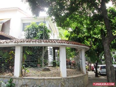 Casas En Venta, Urb. Las Acacias 19-944