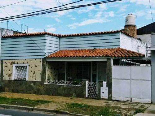 Imagen 1 de 11 de San Isidro Thames Al 1400 Casa De 4 Amb. A La Venta