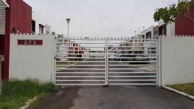 Casa En Renta En Fracc. Campo Real