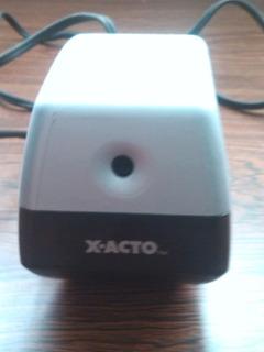 Sacapunta Electrico Marca X-acto