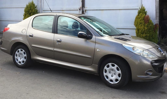 Peugeot 207 Sedan Estándar Cambio Por Pick Up Nacional