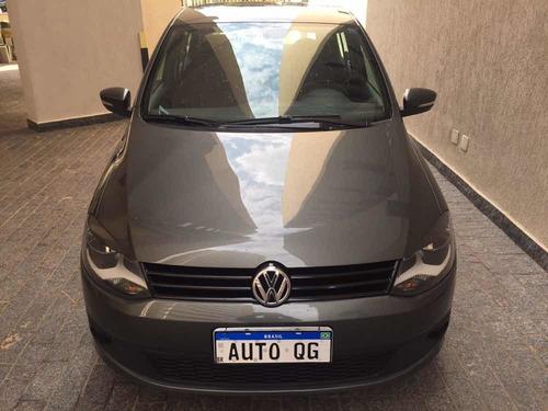 Imagem 1 de 13 de Volkswagen Fox 2014 1.0 Trend Tec Total Flex 5p