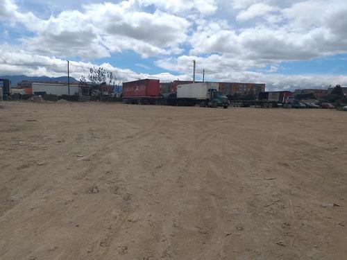 Arriendo Lote Para Bodegas En  Fontibón, Bogotá