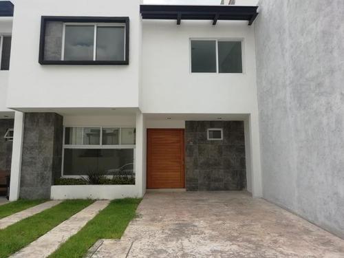 Imagen 1 de 11 de Casa Sola En Renta Villas De Bernalejo