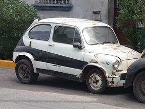Fiat 600, Modelo Berlina. Auto De Colección Para Restaurar