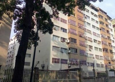 Apartamento En Venta Prebo I Pt 19-8989 Tlf 0412-043.04.39