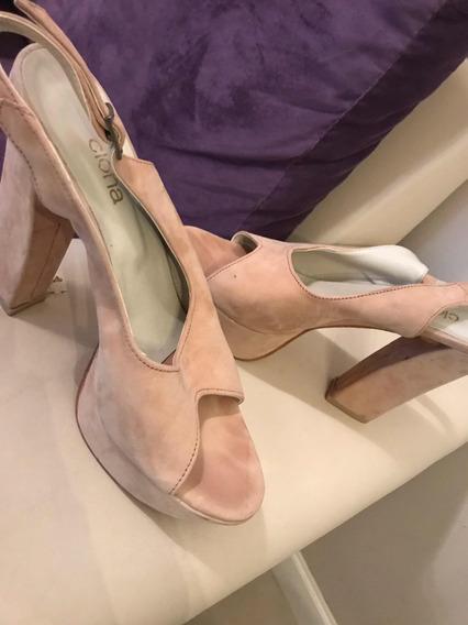 Zapatos Clona Nude Con Plataforma Número 39