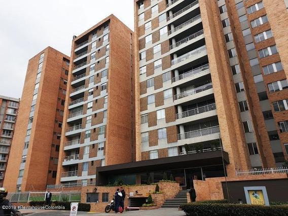 Hermoso Apartamento En Venta En Niza Mls 20-115