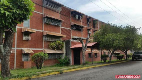 Apartamentos En Venta La Fundacion Maracay Wjo