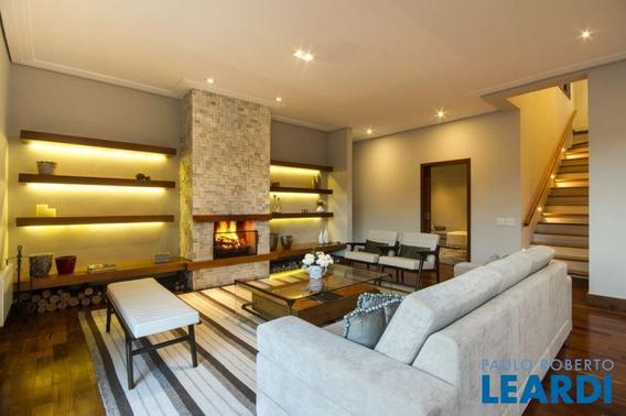 Casa Em Condomínio - Campos Do Jordão - Sp - 452797