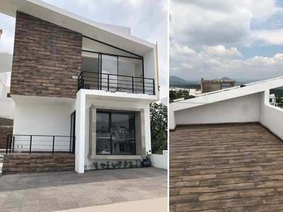 Estrena Residencia En Zibatá Club De Golf, 4ta Recámara En Roof Garden, Jardín..