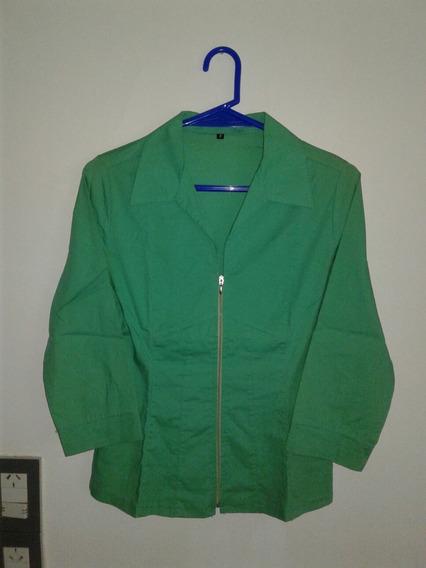 Camisa Verde Con Cierre De Mujer